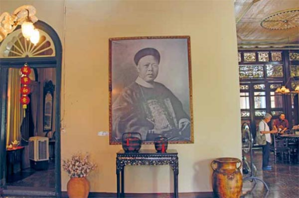 Tjong A Fie - The Story of A Generous Chinese in Medan